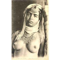CPA jeune femme du sud Algérien, seins nus, Scenes et types, 6326, Lehnert & Landrock.